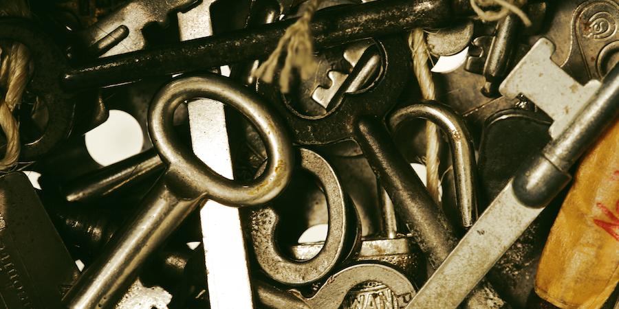 pile_of_keys