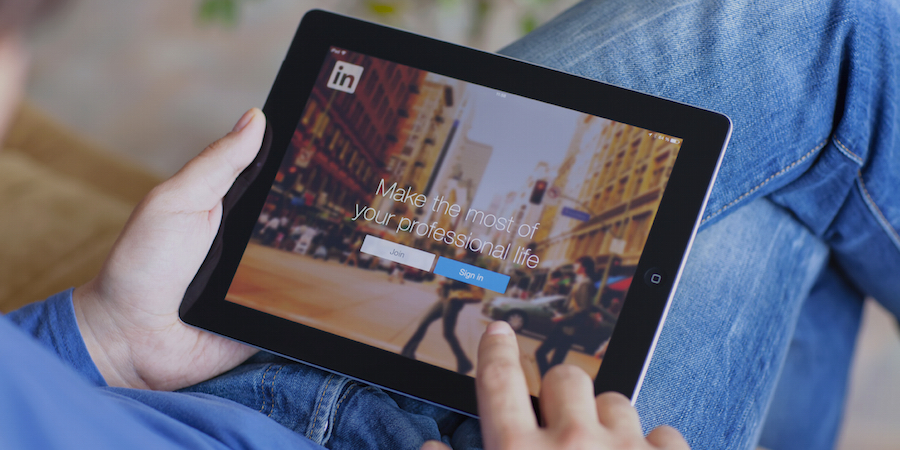 6 Reasons Why Every B2B Company Needs a LinkedIn Company Page