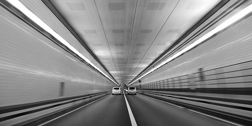 Driving_in_tunnel